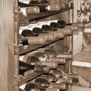 Gastgeber Christof widmet sich als ausgebildeter Sommelier dem Thema Wein.